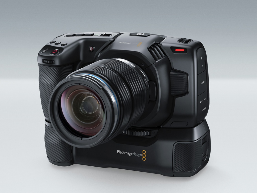 blackmagic-pocket-camera-battery-grip.jpg